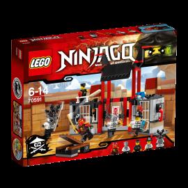LEGO® - NINJAGO® - UCIECZKA Z WIĘZIENIA KRYPTARIUM - 70591