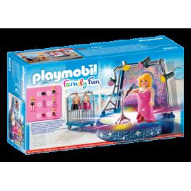 PLAYMOBIL - FAMILY FUN - WIECZORNY WYSTĘP - 6983