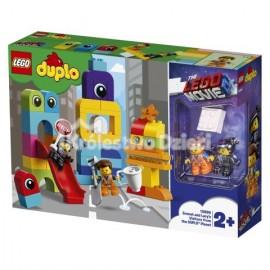 LEGO® PRZYGODA 2™ LEGO MOVIE 2™ - GOŚCIE Z PLANETY DUPLO® U EMMETA I LUCY - 10895