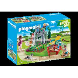 PLAYMOBIL - COUNTRY - SUPER SET - RODZINA W OGRODZIE - 70010