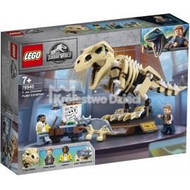 LEGO® - JURASSIC WORLD™ - WYSTAWA SKAMIENIAŁOŚCI TYRANOZAURA - 76940